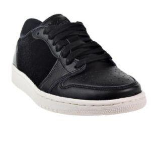 Nike Air Jordan 1 Retro Low Black/Sail ao1935-001